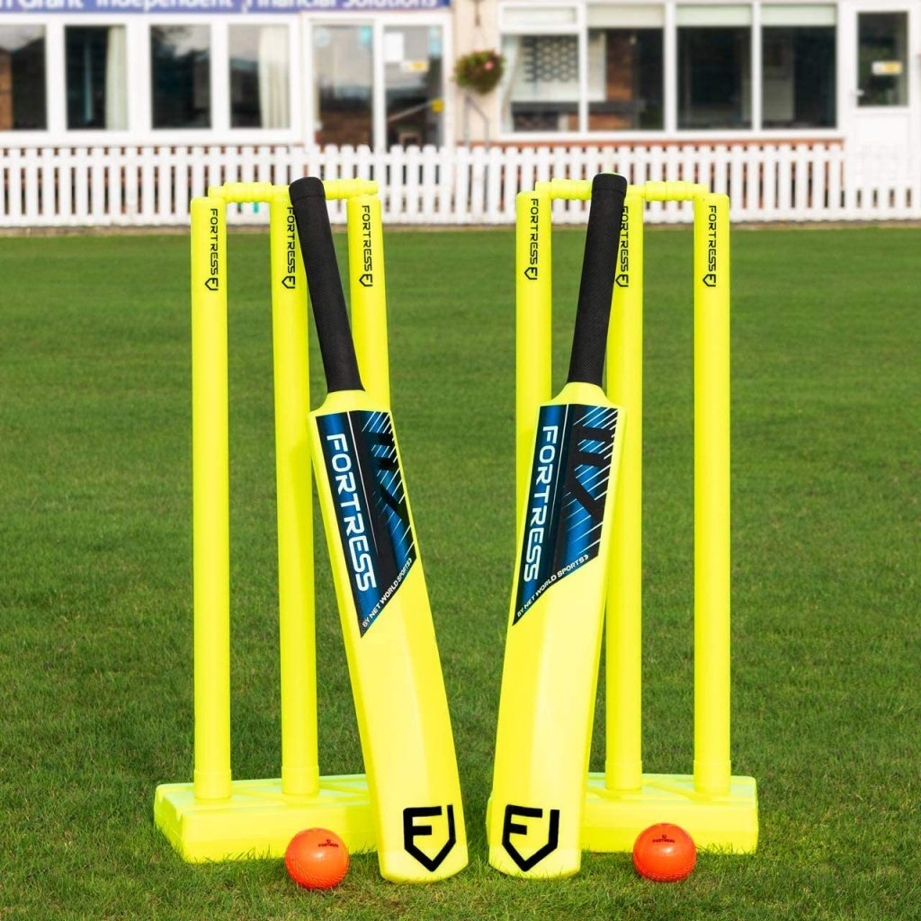 FORTRESS Garden Cricket Set